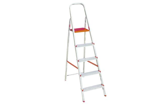Exemplo de escada. Veja como usar escada de alumínio!