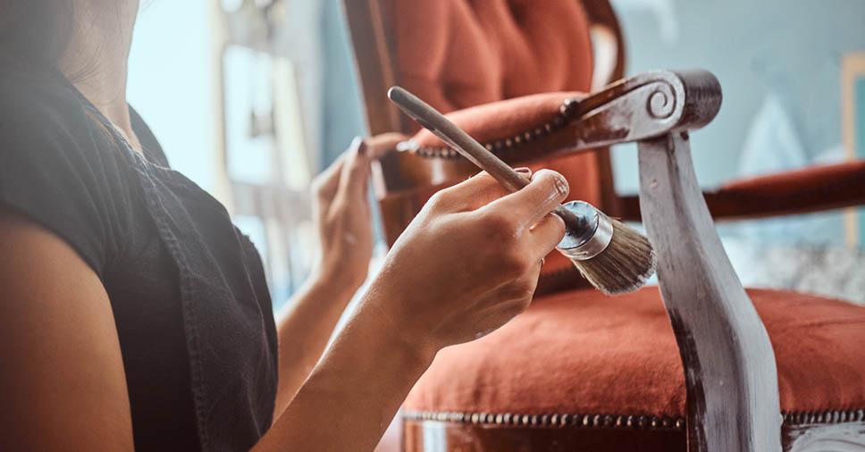 Veja 7 dicas práticas sobre como reformar móveis antigos