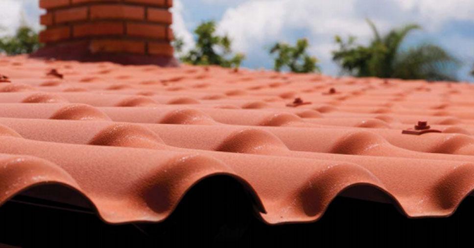 Vale a pena investir em telha de PVC? Descubra!