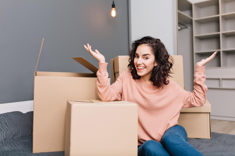 Vai morar sozinho? Confira 7 dicas do que comprar para sua casa nova
